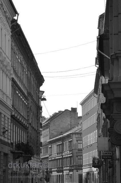 Bródy Sándoe utca - More: http://drkuktart.blog.hu/2014/09/22/budapest_cukraszda_cosy_confectionery_in_the_heart_of_budapest