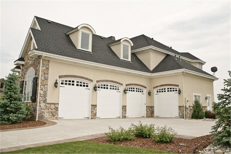 1000 ideas about car garage on pinterest house plans for 4 bay garage plans