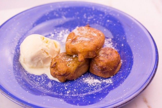 Indonesian-Mashed-Banana-Fritters
