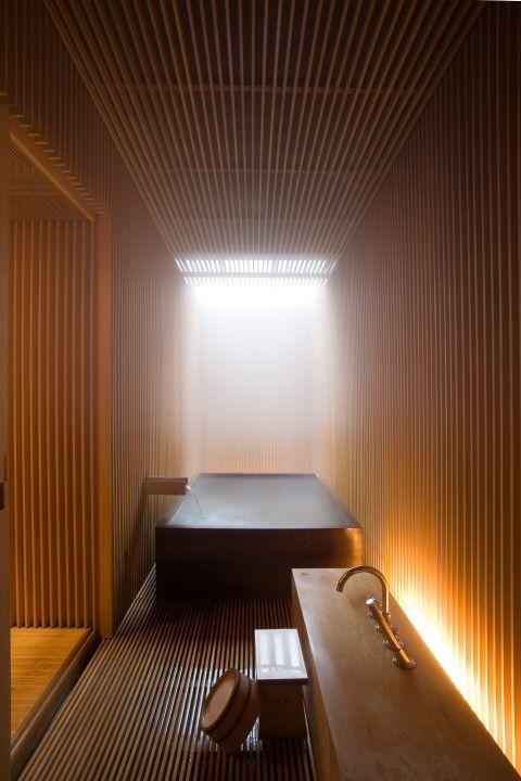 architectureandarts:  Ginzan Onsen Fujiya Hotel Bathroom designed by Kengo Kuma and Associates.