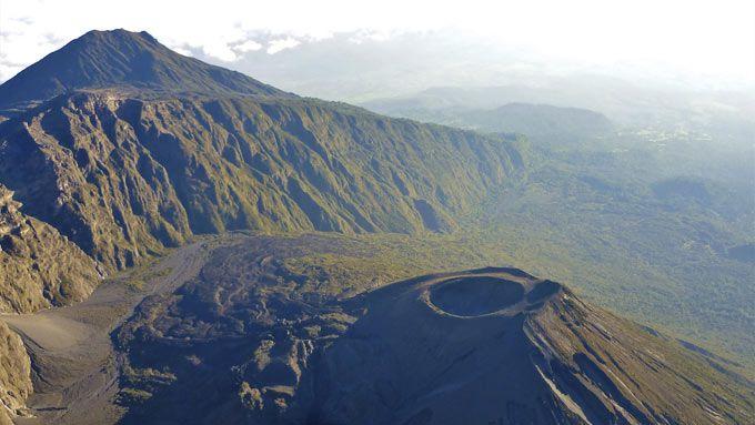 Viajes a Tanzania - Parque Nacional Arusha Monte Meru