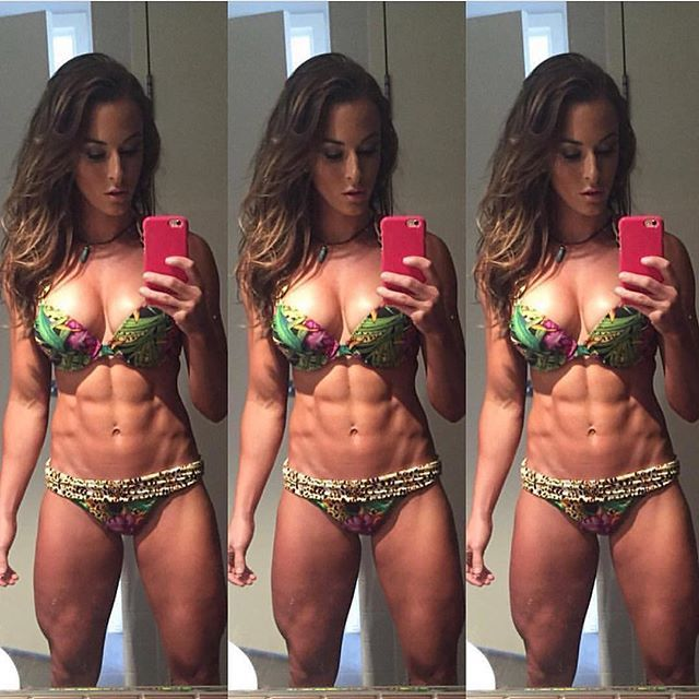 Those abs @aesthetic_spartans_ @melissa_leman