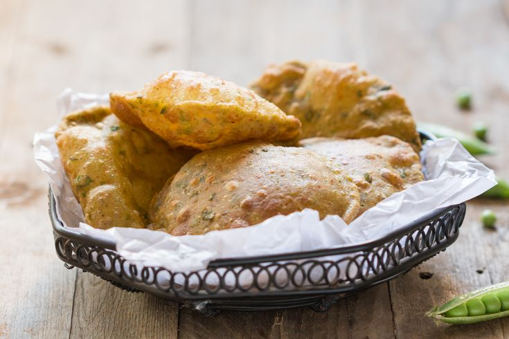 Make your weekend special with Mattar Ki Puri and an Aloo Tamatar Sabzi. Serve it with a cup of Adrak chai for breakfast lunch or dinner. Recipe by Richa. -->http://ift.tt/1NYs94k #Vegetarian #Recipes