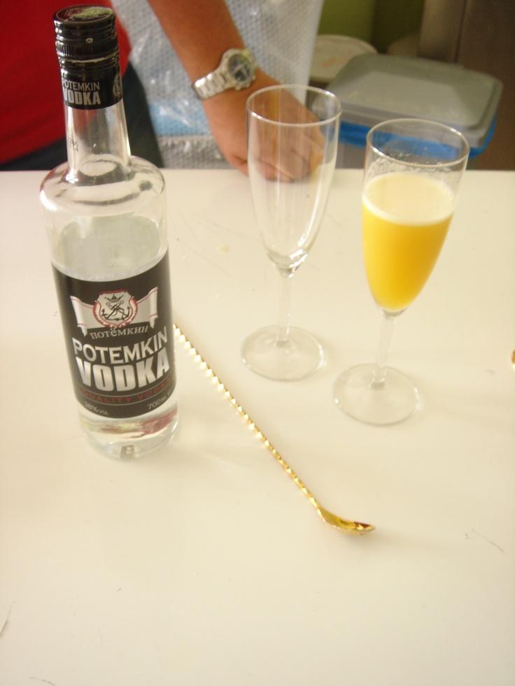 cocktail wth fruit puree