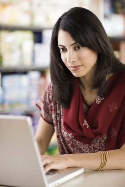 How to Start an Online Consignment Store