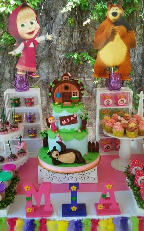 Mesa de dulces Masha y el oso                              …