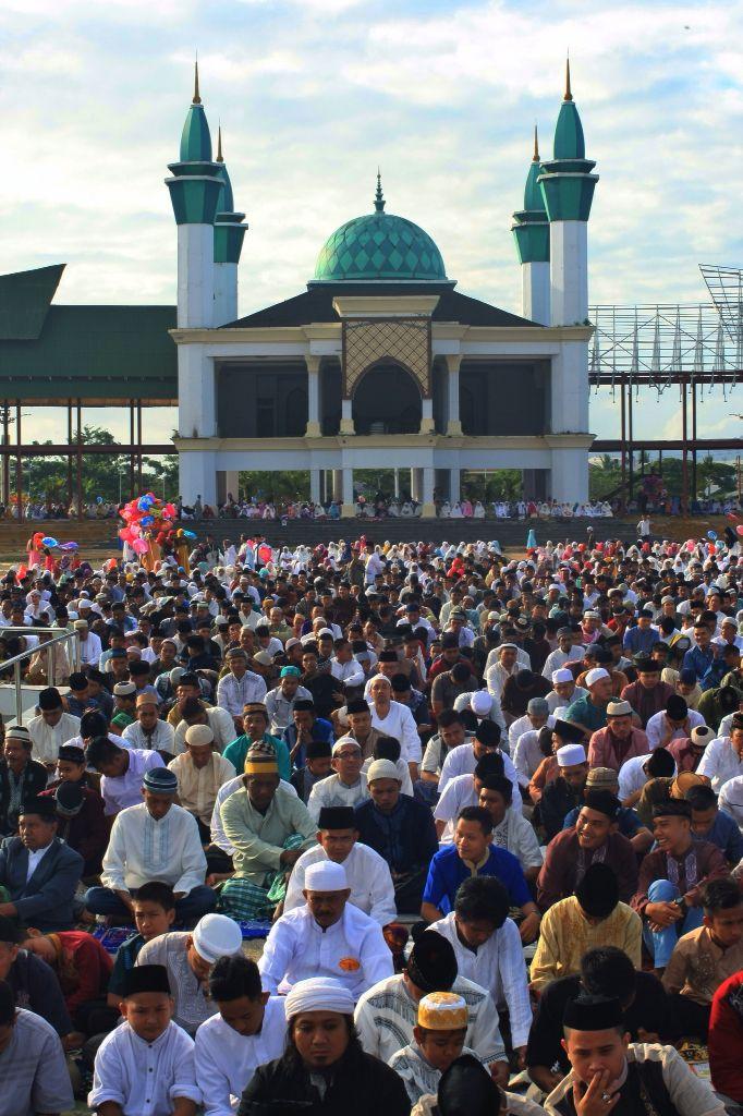 Salat ID Idul Fitri di Kota Kendari, Sulawesi Tenggara, Indonesia