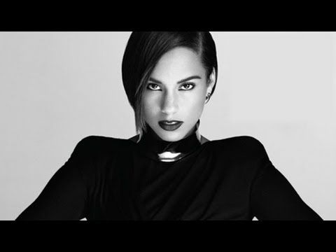 Alicia Keys Biography: Life and Career of the Singer and Actress ★
