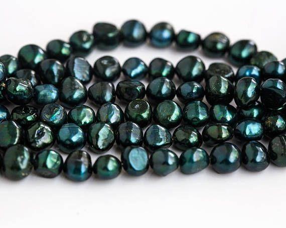 2748 Green pearls 8-9 mm Baroque pearls Dark green pearls