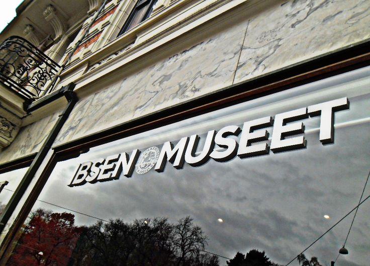 Natalie Justine : Visiting Oslo, Ibsen Museet