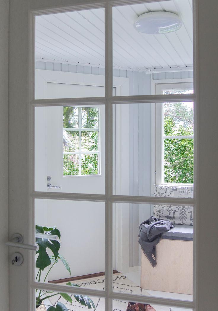 JELD-WEN-sisäovi Craft-massiivipeiliovi 104 http://www.jeld-wen.fi/ovet/sisaovet/sisaovivalikoima/tuotesivu/?productId=3326