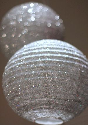 silver sparkly lanterns for wedding decoration ideas