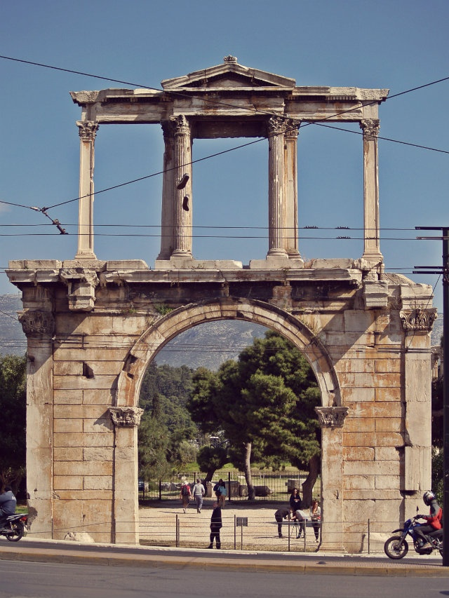 Hadrian's Arch right by the archaeological site of Olympeion. (Walking Athens, Route 05 - Lower Plaka)