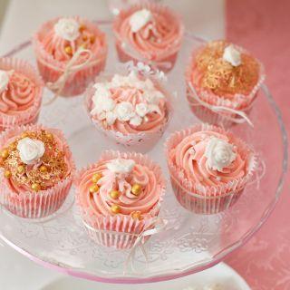 Cupcake Flower Party First Birthday (Капкейки для Цветочного первого дня рождения)