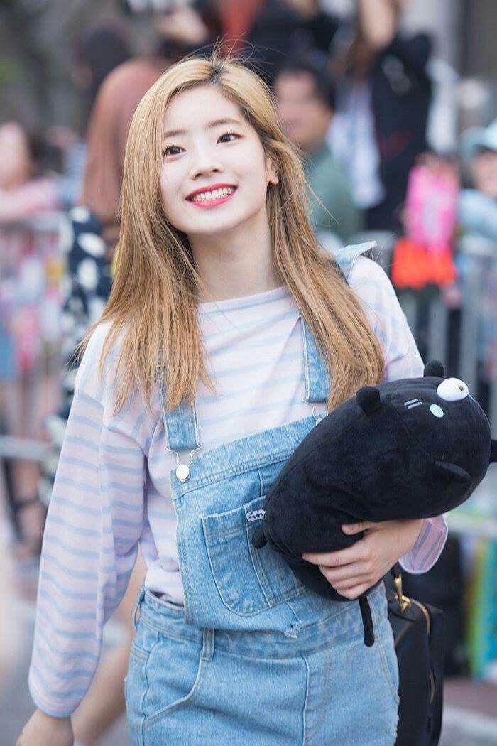 Dahyun Twice Beautiful Girl Wallpaper 407 Best Twice Kim Dahyun Images On Pinterest Twice