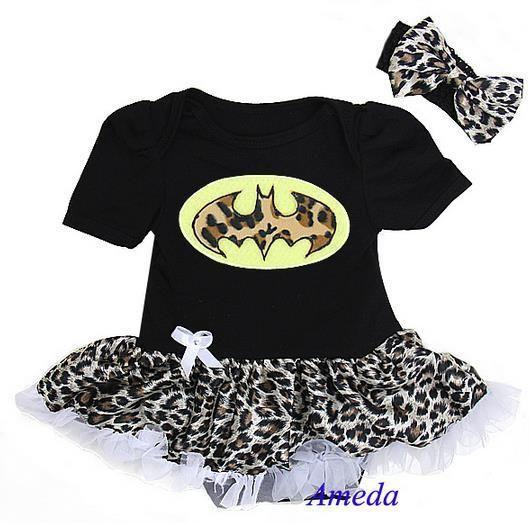 Monis Bows N More - Baby Batgirl Set, $29.99 (http://www.monisbowsnmore.com/baby-batgirl-set/)