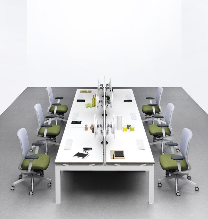 Evolve Task Chair - Product Page: http://www.genesys-uk.com/Evolve-Task-Chair.Html  Genesys Office Furniture Homepage: http://www.genesys-uk.com  The Evolve Task Chair was designed with intuitive comfort and simple user adjustment in mind.