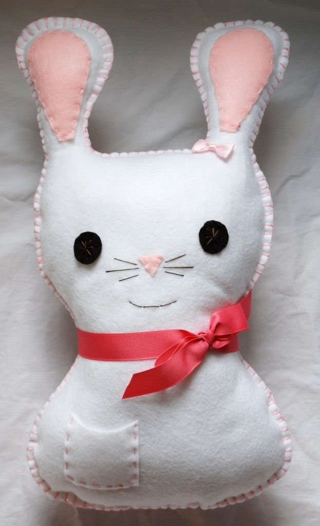 How to make a felt bunny pillow with pattern.