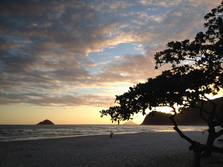 Praia Camburi