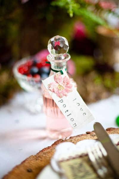Modern Wedding Bonbonniere Ideas : Loveluxelaunch rosie parsons manualitats