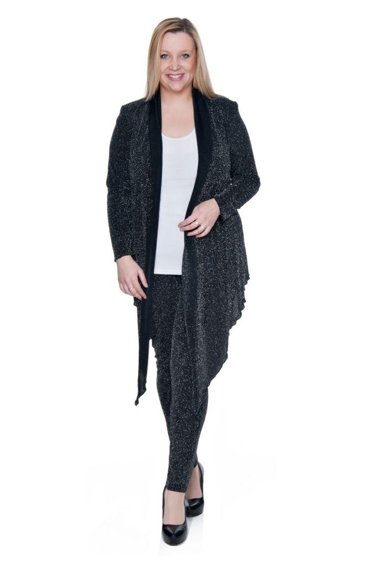Elastyczne czarne legginsy z połyskiem - Modne Duże Rozmiary