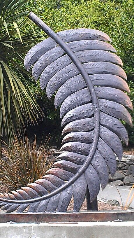 Silver Fern - Metal Sculpture