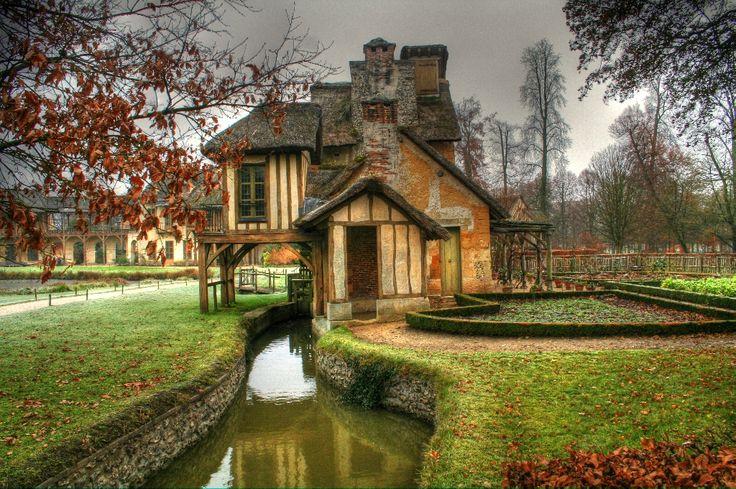 Marie-Antoinette's farm village, Versailles gardens - how picture perfect!