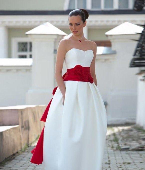 Свадебная мода: лучшие платья для невест | URPUR.RU | Екатеринбург