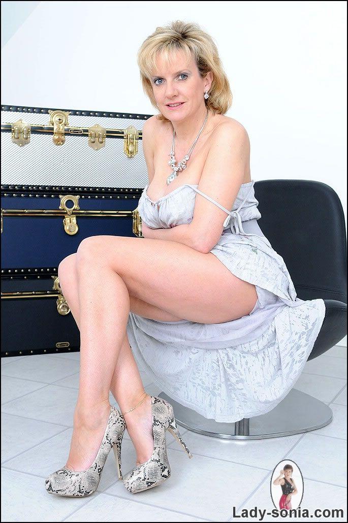 Susan Tyrrell Nude Photos 8