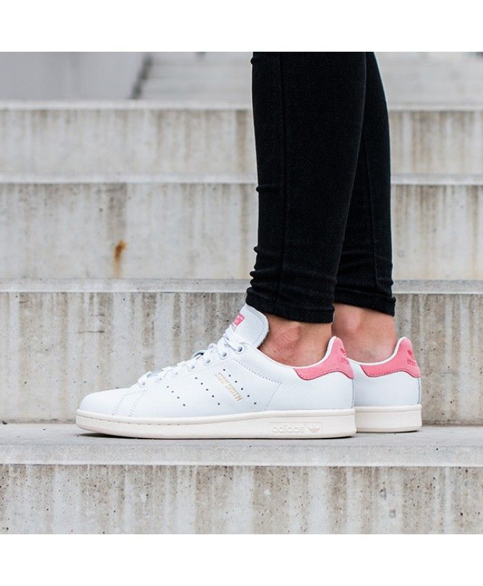 official photos 0b6e5 25cd0 Adidas Stan Smith Hyper Pink White Metallic Shoes | Styling ...