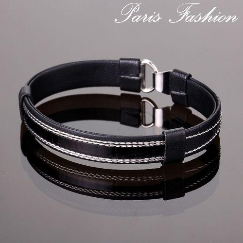 Pulsera de hombre de polipiel en color negro. #tiendaonline #eljoyerodepaula #moda #fashion #brazalet #pulseras #modahombre
