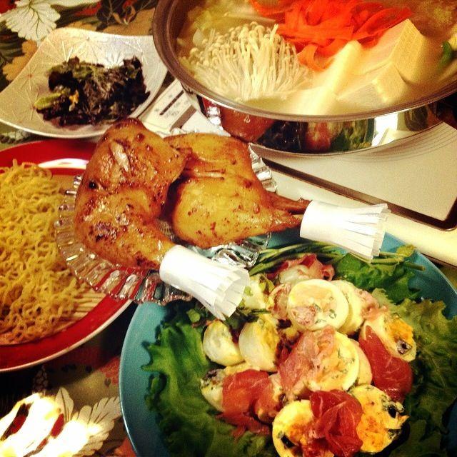 少しずつ、クリスマスイブ料理の練習もかねています✨ - 209件のもぐもぐ - 名古屋コーチン鍋とラーメン・生ハムと卵のサラダ・骨付鶏モモ肉のグリル by 1125shino