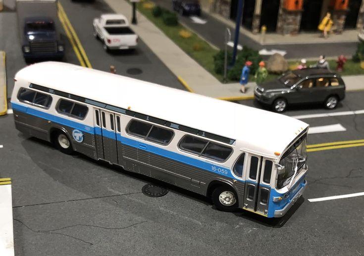 Autobus STCUM de Montréal New Look de Rapido échelle Ho