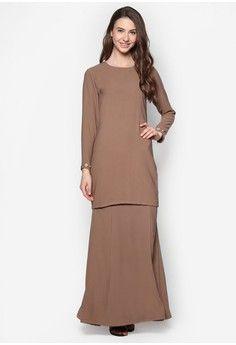 Baju Kurung Moden from Wafiyya by Dollscarf in brown_1