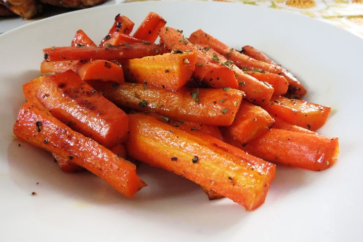 Honey Glazed Roasted Carrots - This is exactly how I make my carrots, but I cook on stovetop! Will have to try roasting!: