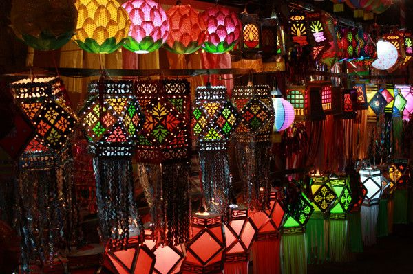 Festivals to Go to Around the World | Festival of Lights (Diwali)