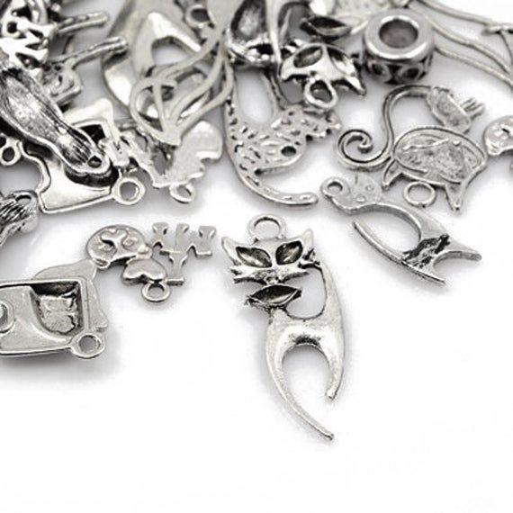 Wing Charm//Pendant Tibetan Antique Silver 5-40mm  30 Grams Accessory Jewellery