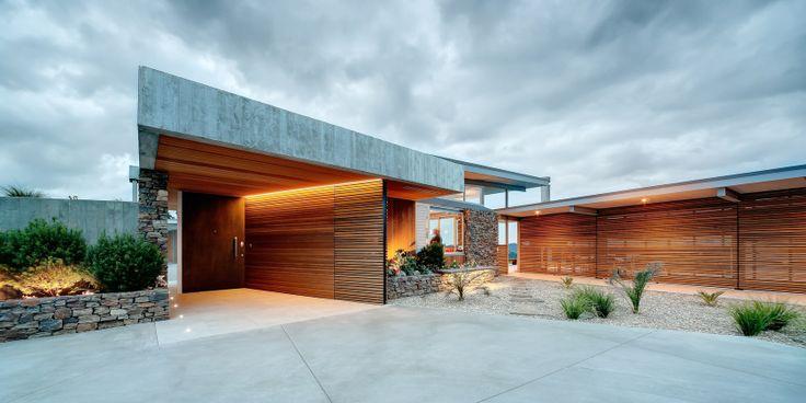 Okura House, North Shore, Auckland, New Zealand by Bossley Architects. (2012)