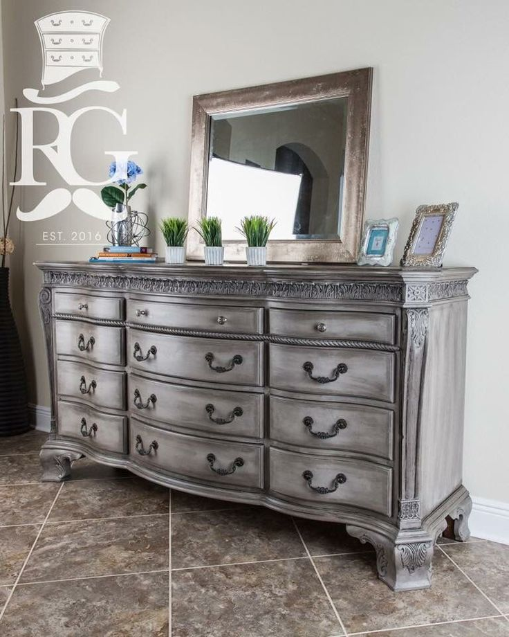 dresser painted in annie sloan chalk paint french linen. Black Bedroom Furniture Sets. Home Design Ideas