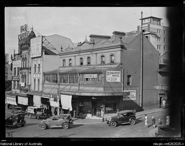 Kings Cross,in eastern Sydney in 1937.Photo from National Library of Australia.A♥W
