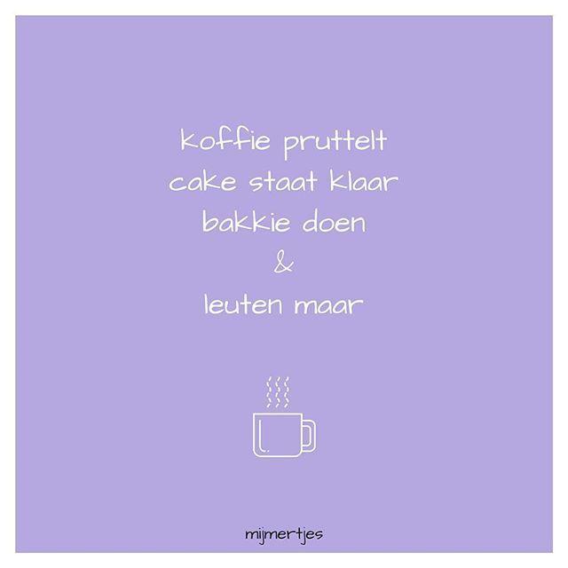 #koffiemomentje #pauze #koffie #pruttelen #cake #klaarstaan #lekkers #koekjeerbij #bakkie #bakkiepleur #leuten #koffieleuten #koffieliefde #gezellig #kletsen #mok #lila #paars #versje #gedicht #mijmertjes