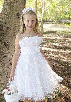 pretty white flower girls dress @미미 ♡ 4 Suit http://www.cute4suit.com.au/product/party-dress-pretty-girls-dress-girls-formalwear/ #whitegirlsweddingdress