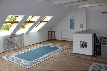 sea coast, beach style attic