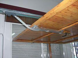 HERTUBI, S.L. - Puertas de garaje en aluminio soldado: automaticas y manuales