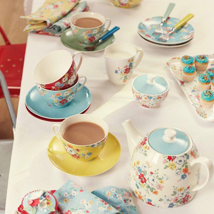 Clifton Rose | Set of 4 Clifton Rose Tea Cups & Saucers | CathKidston