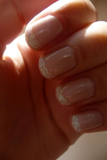 nude w/ glitter tipped nails... cuteeeeee!