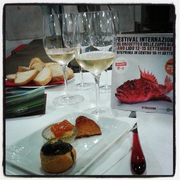 #cookingshow al #festivaldelbrodetto con i piatti dello chef Antonio Corrado si beve il #bianchello