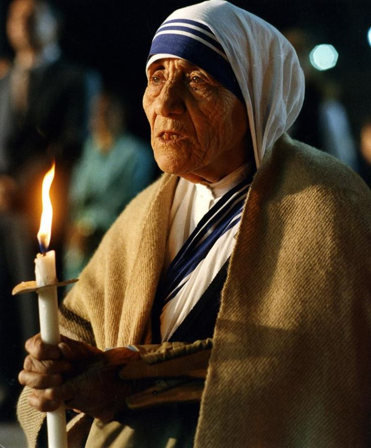 essay mother teresa calcutta Short essay on the life of mother teresa - the world famous social worker mother teresa is a world famous social worker she has taught us that the best way of worshipping god is to serve the sick.