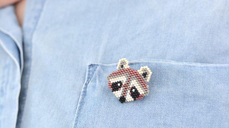raton laveur en perles miyuki - http://blog.la-petite-epicerie.fr/