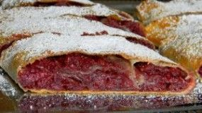 Meggyes Rétes (Cherry Strudel) - cherries, cinnamon and almonds in the sheets of phyllo